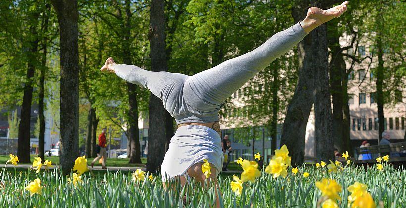 28_yoga_820x420.jpg